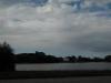 Dunkler Himmel mit Wolken behangen